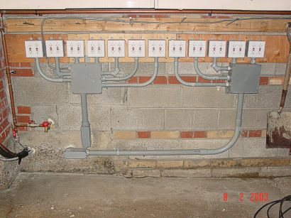 electrical conduit electrical conduit in garage rh electricalconduitderugai blogspot com Installing Plastic Electrical Conduit Metal Electrical Conduit